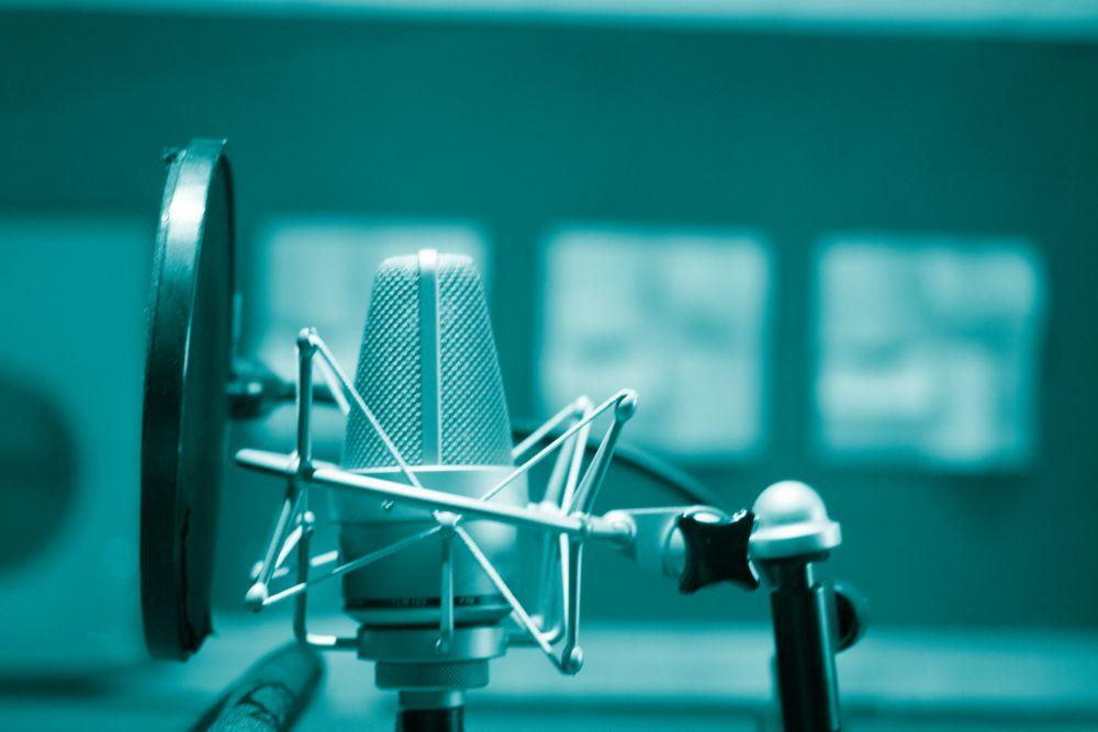 声優養成所にはどんなコースが用意されている?